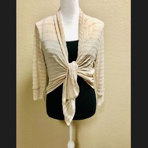 Off White wrap cardigan/tie front or flowing L
